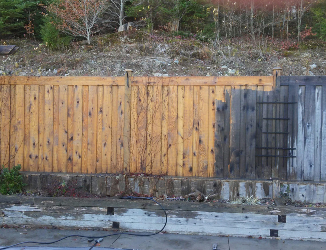 Complete Fence Stripping & Staining